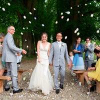 cérémonie exterieure sortie mariés