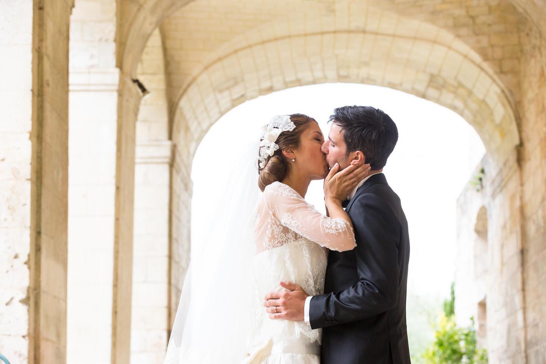 séance photo de couple à l'abbaye