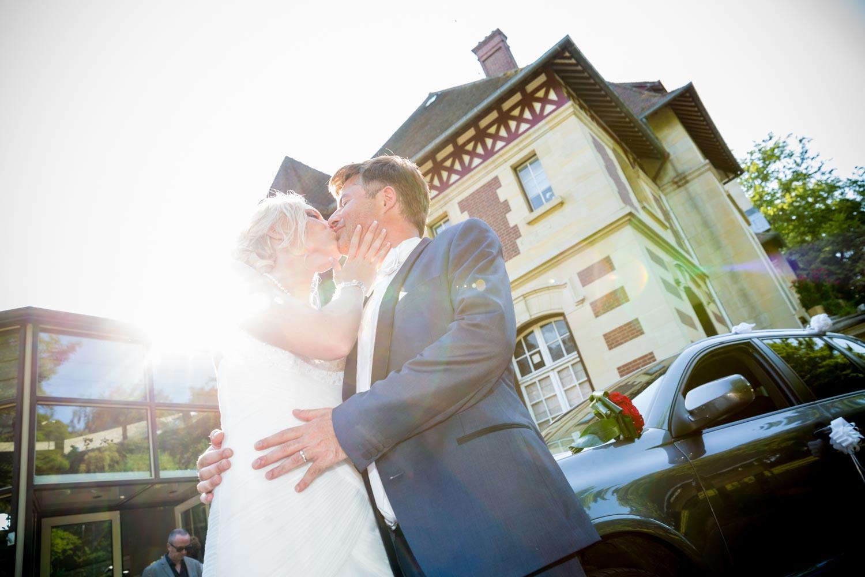 Baiser mariage Château de la Tour